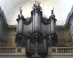 orgue-dom-bedos-de-la-basilique-notre-dame-des-tables-a-montpellier-herault-1.jpg